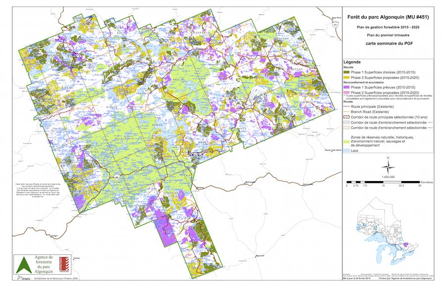 Zonage et planification décennale (2010-2020) dans le Parc Algonquin en date de 2010 (note: avant l'amendement de 2013 qui réduisait la superficie accessible à la foresterie). Les zones en vert pâle représentent les secteurs où la récolte n'est pas autorisée. (Source: agence de foresterie du Parc Algonquin)
